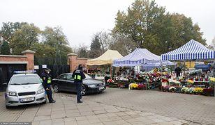 Zamknięte cmentarze. W Chełmie zaniosą kwiaty na 1 listopada