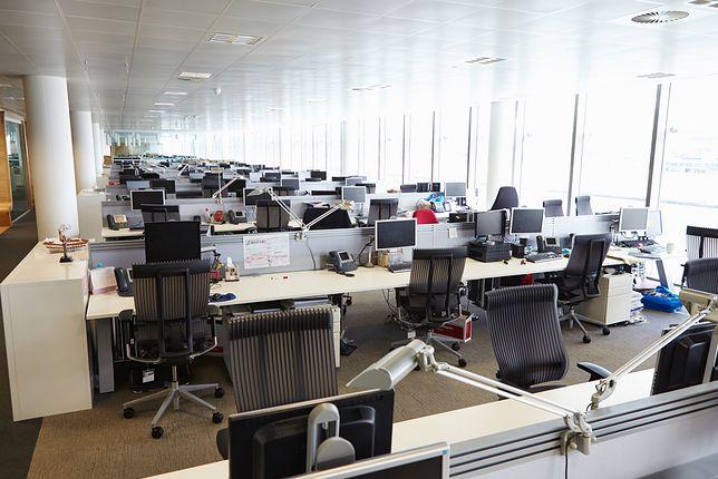 Pracodawca wyznaczy dzień, w którym pracownicy dostaną wolne za 11 listopada