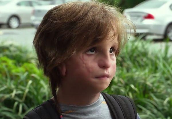 """Jacob Tremblay jako Auggie Pullman w filmie """"Cudowny chłopak"""""""