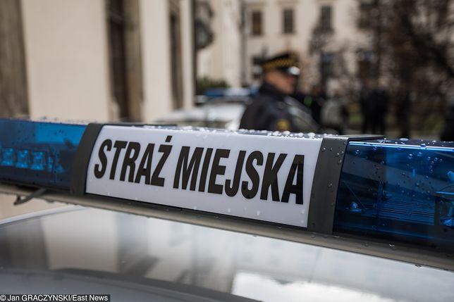 Ostrów Wielkopolski: Bezdomna z dzieckiem mieszkała na ogródkach działkowych