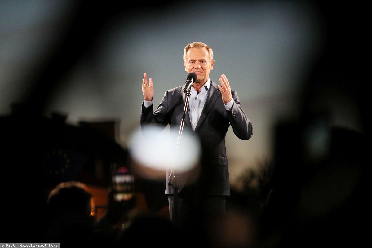 Donald Tusk na demonstracji.