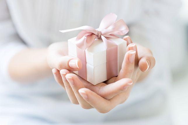 Wybór idealnego prezentu na Dzień Matki 2018 to nie lada sztuka.