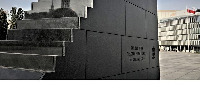 """W 10. rocznicę Smoleńska czas powiedzieć: """"Dosyć tego"""" [OPINIA]"""