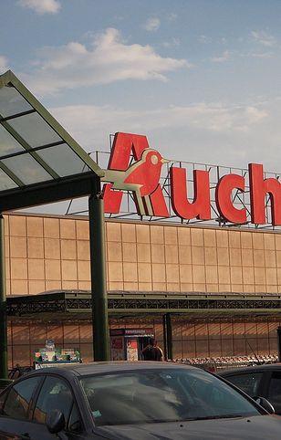 Auchan wprowadza do oferty markową odzież używaną. Ceny zaskakują.