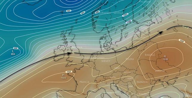 Aktualna sytuacja synoptyczna - obszar Europy w zasięgu wału wyżowego z zachodnim transportem powietrza polarnego-morskiego znad Atlantyku