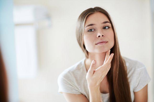 Chcesz cieszyć się jedwabiście gładką skórą? Zastosuj odpowiednie kosmetyki