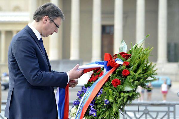 Premier Serbii ma się udać na obchody upamiętniające masakrę w Srebrenicy