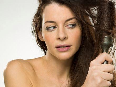 Jak dodać fryzurze objętości?