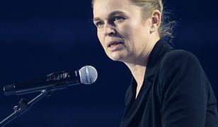 Nowacka tęskni za mamą, która zginęła w Smoleńsku. Nie pogodziła się z jej śmiercią