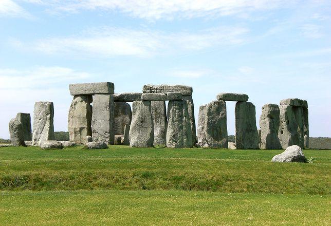 Stonehenge jest jednym z najlepiej znanych budowli megalitycznych