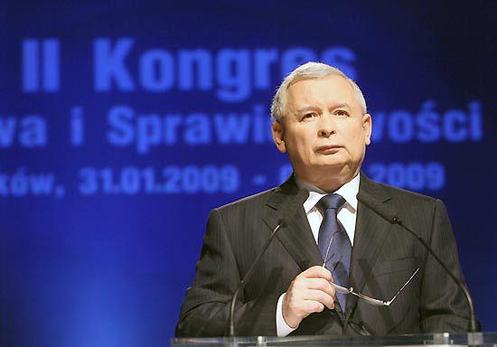 Prezes: sukces Polaków, to budowa IV Rzeczypospolitej