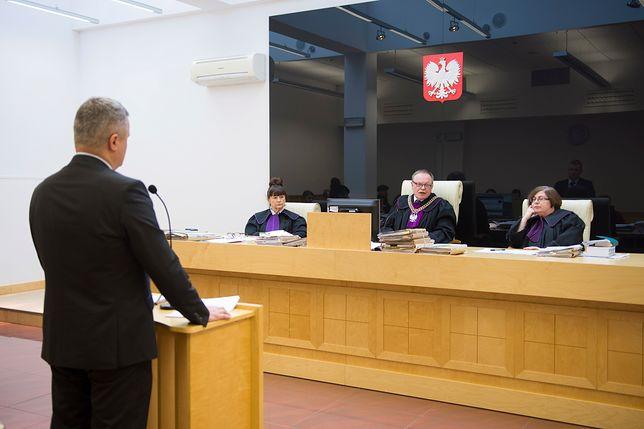 Frankowicze odzyskali 3 mln zł po wygranej w sądzie. Na fot. jedna z podobnych spraw tocząca się w Łodzi.