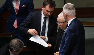 """Wybory na wiosnę 2022 roku? """"Ziobro i Gowin nie dogadają się z Kaczyńskim"""""""
