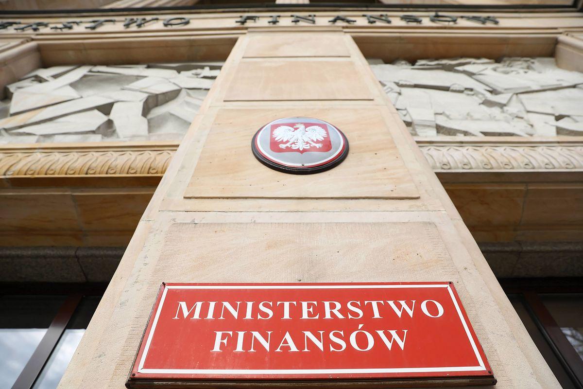 Ministerstwo Finansów. Deficyt na koniec roku powinien wynieść między 10 a 14 mld zł