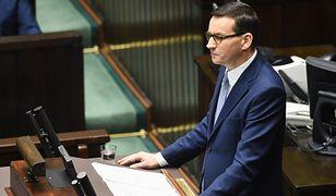 Premier dumny z walki ze smogiem. Bolesna kontra organizacji