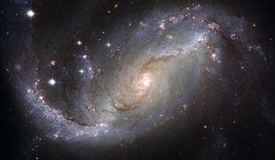 """""""Mrugający olbrzym"""" w pobliżu centrum Drogi Mlecznej. Przełomowe odkrycie"""
