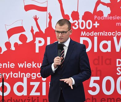 """""""Tłit"""". Paweł Szefernaker o wycofaniu projektu ws. 30-krotności ZUS i śmierci 21-latka w Koninie"""