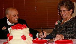 """Wzięli ślub po 35 latach związku. Chcą mieć szansę iść razem """"do nieba"""""""