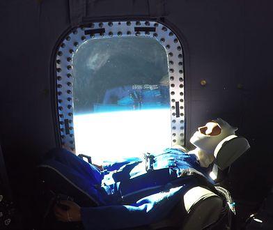 Widok z okna kapsuły turystycznej Blue Origin