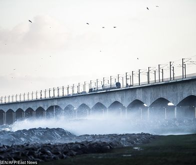 Dania: wypadek kolejowy na moście nad Wielkim Bełtem. Są ranni i zabici