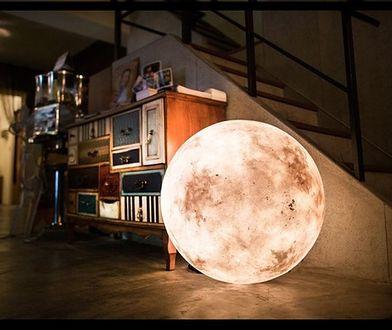 Jedyna i niepowtarzalna lampa w kształcie Księżyca