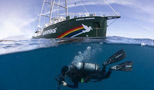 W 1985 roku Francja postanowiła zatopić statek Greenpeace'u