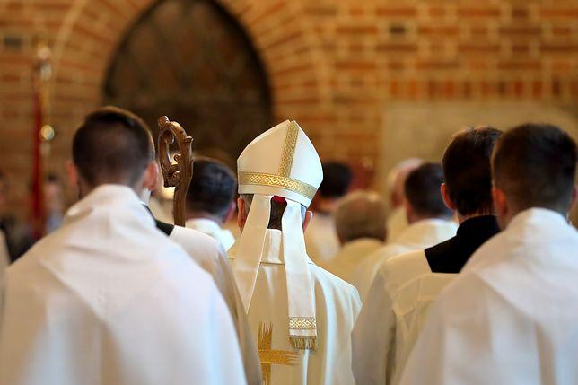 38,2 proc. polskich katolików uczestniczyło w 2018 r. w niedzielnej mszy