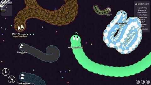 Worm.is: The Game na weekend – gdy wąż zmutował w robaka