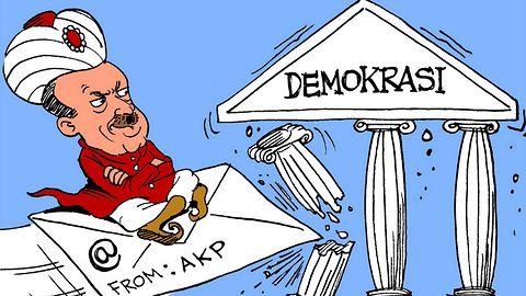 Poznamy prawdę o puczu w Turcji? Wikileaks przetrwało DDoS i ujawniło setki tysięcy e-maili rządzącej partii AKP