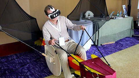 Myślisz, że głupio wyglądasz grając w VR? Pobujaj się na smoku