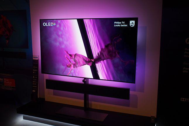 Spektakularny Philips OLED+ 984 z czterostronnym podświetleniem Ambilight