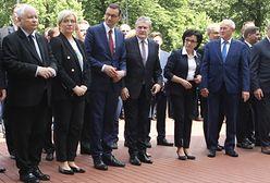 Prezes i ministrowie w Warszawie. Uroczystość na cześć Jana Olszewskiego