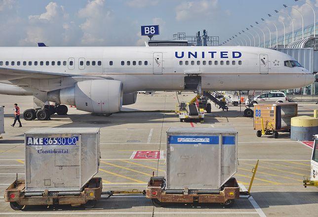 """Obrażała pasażerów, więc została wyprowadzona z samolotu. """"Zalewa mnie ich tłuszcz"""""""