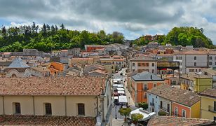 Bisaccia to niezwykle malownicze miasteczko