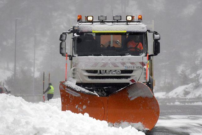 Śnieg w Hiszpanii utrudnił życie mieszkańcom