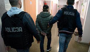 """Szajka do której należał 56-latek mogła oszukiwać ludzi w całej Polsce metodą na """"fałszywego policjanta CBŚP"""""""