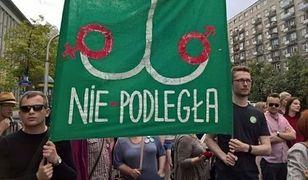 Zieloni nie złamali prawa. Nie odpowiedzą za znieważenie symbolu Polski Walczącej