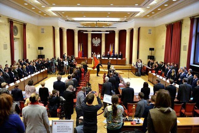 """Rada Warszawy unieważniła wybór nowego zarządu Białołęki. """"Zostały złamane procedury"""""""