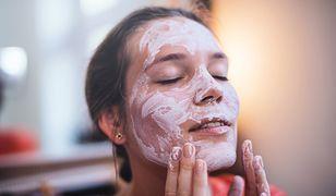 Demakijaż cery mieszanej. O czym warto pamiętać przy wyborze kosmetyków?