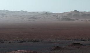 Mars wciąż kryje wiele tajemnic.