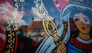 Na stałe w Kazimierzu mieszka ok. 2 tys. osób, a turystów jest rocznie nawet 600 tys.