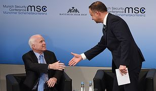 Senator USA John McCain oraz prezydent Andrzej Duda.