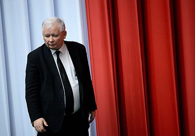 """""""Wall Street Journal"""" o zmianach w Polsce"""