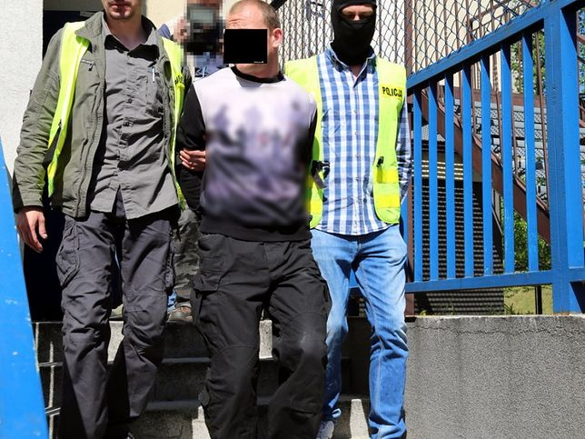 Policja w niedzielę zatrzymała podejrzanego mężczyznę