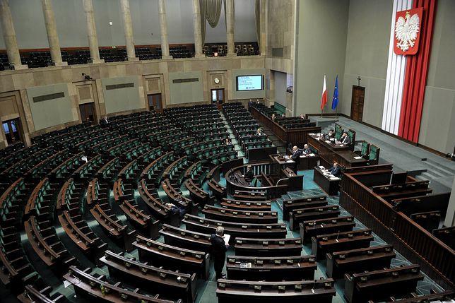 """Posłanki zdradzają, jak są traktowane w Sejmie. """"Hamulce puszczają"""""""