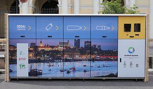 W Warszawie pojawią się kolejne recyklomaty. Te, które już są, cieszą się popularnością