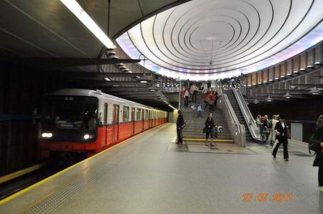Kochamy warszawskie metro!