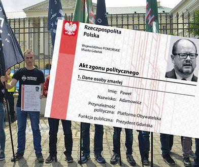 """Młodzież Wszechpolska w lipcu 2017 r. wystawiła """"akty zgonu politycznego"""" samorządowcom, którzy opowiedzieli się za pomocą uchodźcom"""