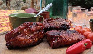 Żeberka z grilla z domowym sosem barbecue