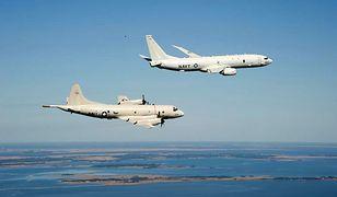 Boeing P-8 Poseidon (wyżej) oraz Lockheed P-3 Orion podczas ćwiczeń u wybrzeży Maryland